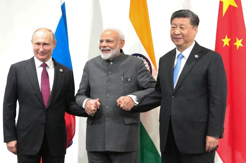 Indian Prime Minister Narendra Modi meets with Russian President Vladimir Putin and Chinese President Xi Jinping