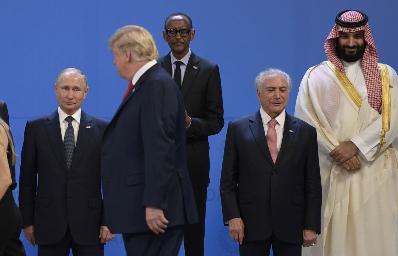 Leaders including Russian President Vladimir Putin, U.S. President Donald Trump and Saudi Crown Prince Mohammed bin Salman at the G-20 summit in Buenos Aires, on Nov. 30, 2018.