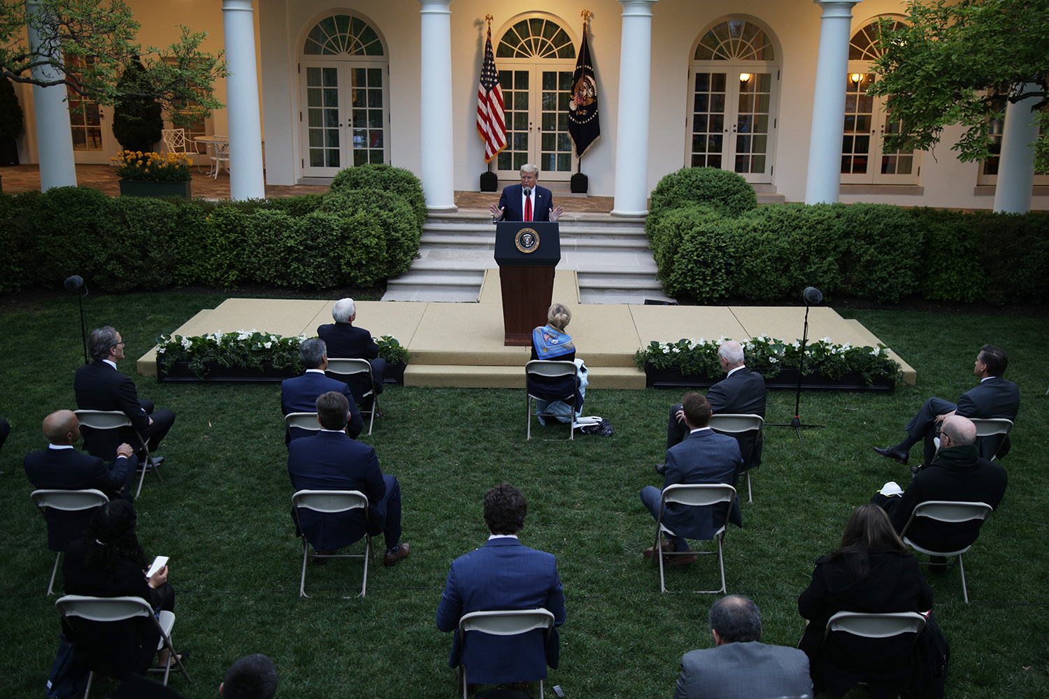 WHO Becomes Battleground as Trump Chooses Pandemic Confrontation Over Cooperation photo