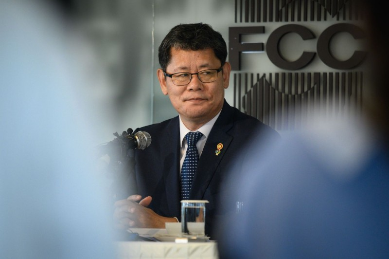 South Korea's then Unification Minister Kim Yeon-Chul speaks during a briefing at the Seoul Foreign Correspondent's club in Seoul on June 4, 2019.
