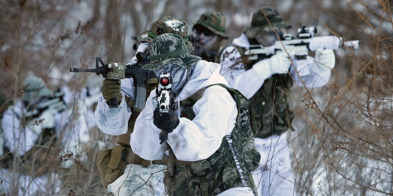 U.S. Marines from the 3rd Marine Expeditionary Force participate in a winter military training exercise with South Korean soldiers in Pyeongchang-gun, South Korea, on Jan. 24, 2017.