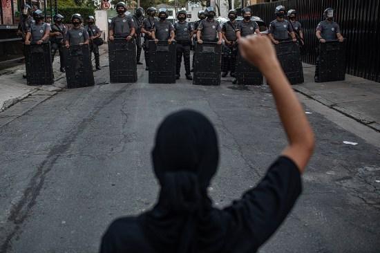Manifestantes nas ruas de São Paulo. 6 de Junho.