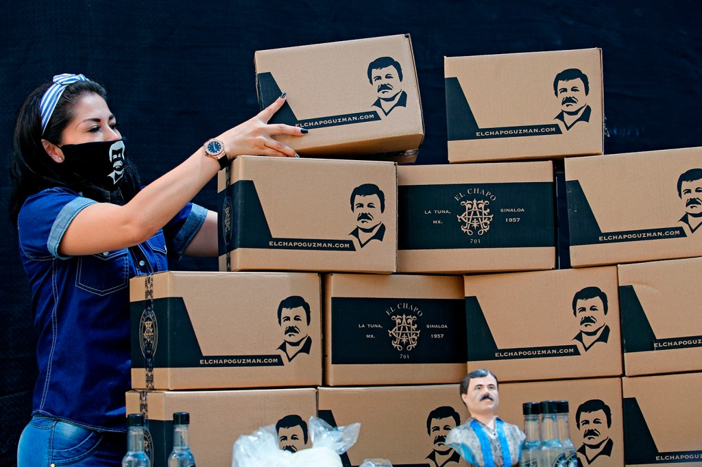 El Chapo boxes of aid for the needy