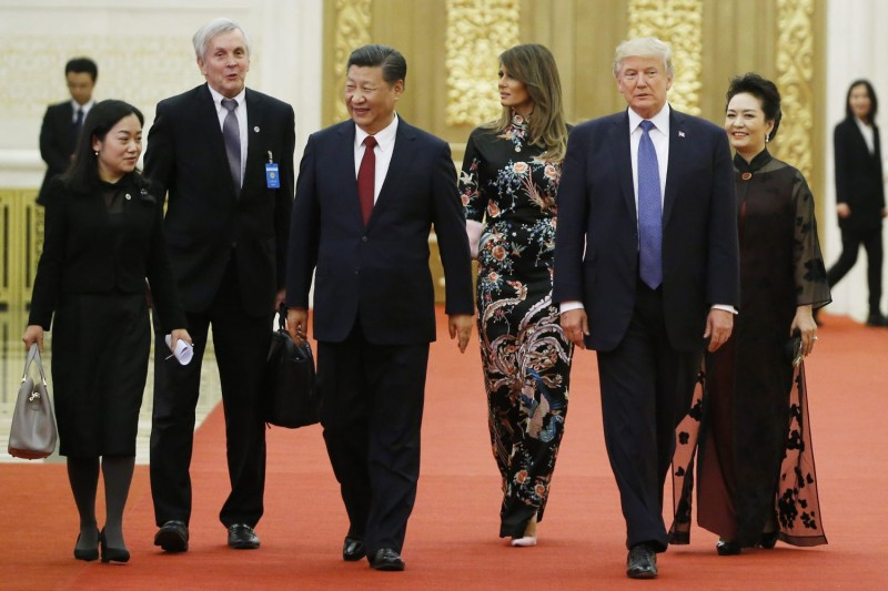 U.S. President Donald Trump and first lady Melania Trump arrive for the state dinner with China's President Xi Jinping and China's first lady Peng Liyuan