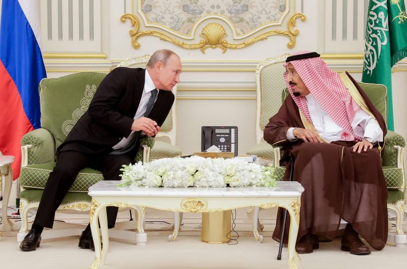 Russian President Vladimir Putin and King Salman bin Abdulaziz Al Saud of Saudi Arabia meet at the Al-Yamamah Royal Palace in Riyadh on Oct. 14, 2019.