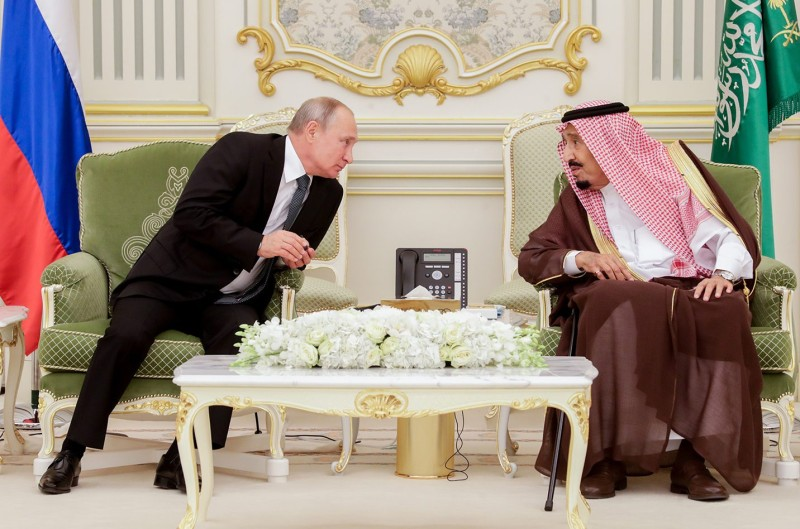 Russian President Vladimir Putin and King Salman bin Abdulaziz Al Saud of Saudi Arabia meet at the Al-Yamamah Royal Palace in Riyadh on Oct. 14, 2019.