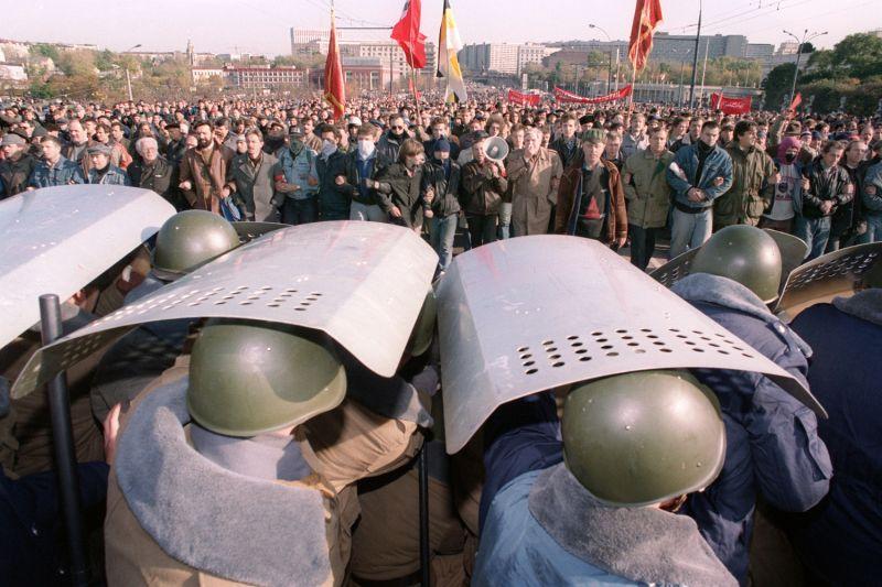 Riot militia members