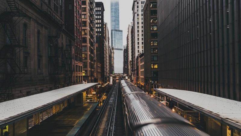 freeze-frame-train-chicago-1