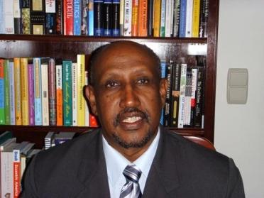 Dr. Ahmed Esa