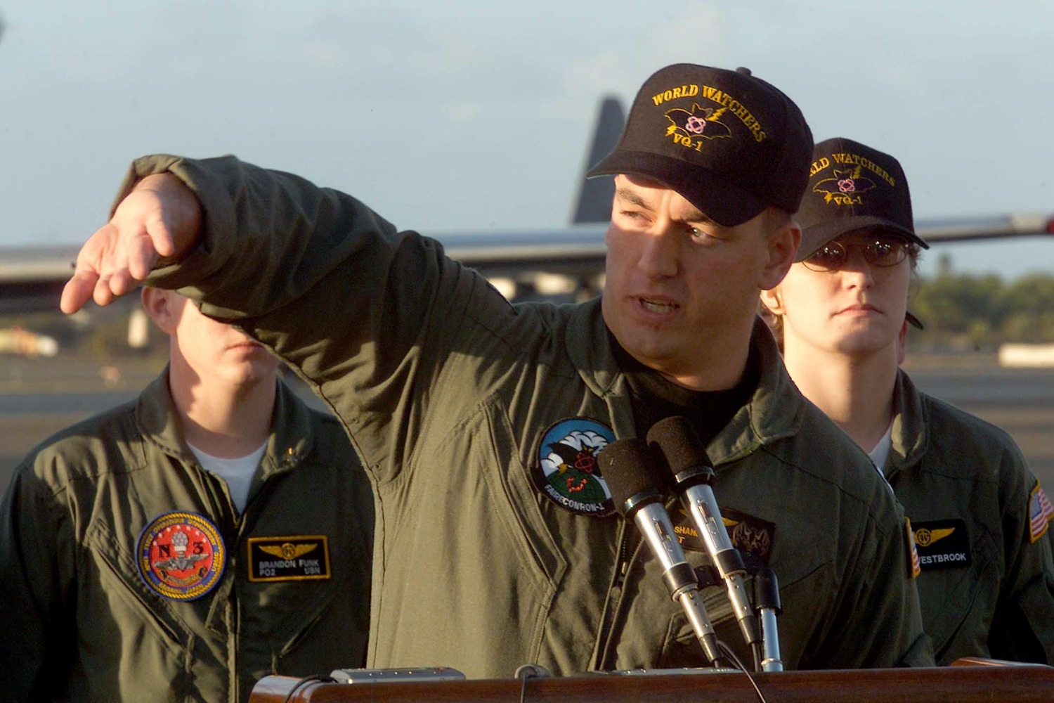 U.S. Navy Lt. Shane Osborn describes the roll of the U.S. electronic surveillance aircraft he was piloting following its encounter with a Chinese fighter plane during a media briefing at Hickam Air Force Base, Hawaii, on April 14, 2001.
