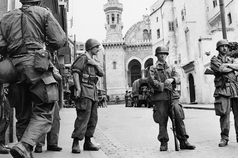 French troops in Algiers during the Algerian War