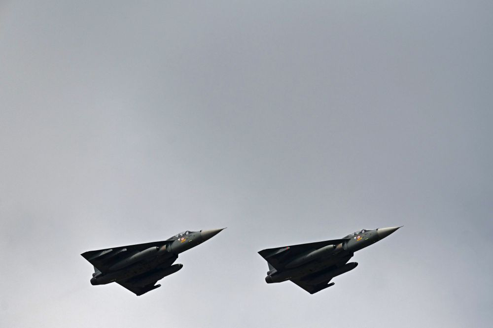 How Did India Manage to Build an Advanced Fighter Jet Like the Tejas?