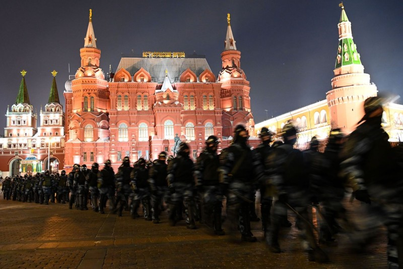 Law enforcement officers block Moscow's Manezhnaya Square on February 2, 2021.