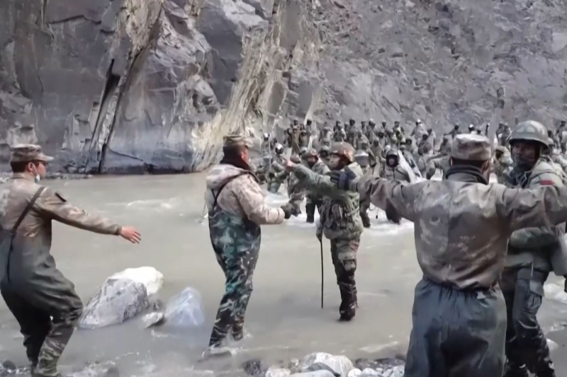 Chinese and Indian soldiers clash in the Galwan Valley.