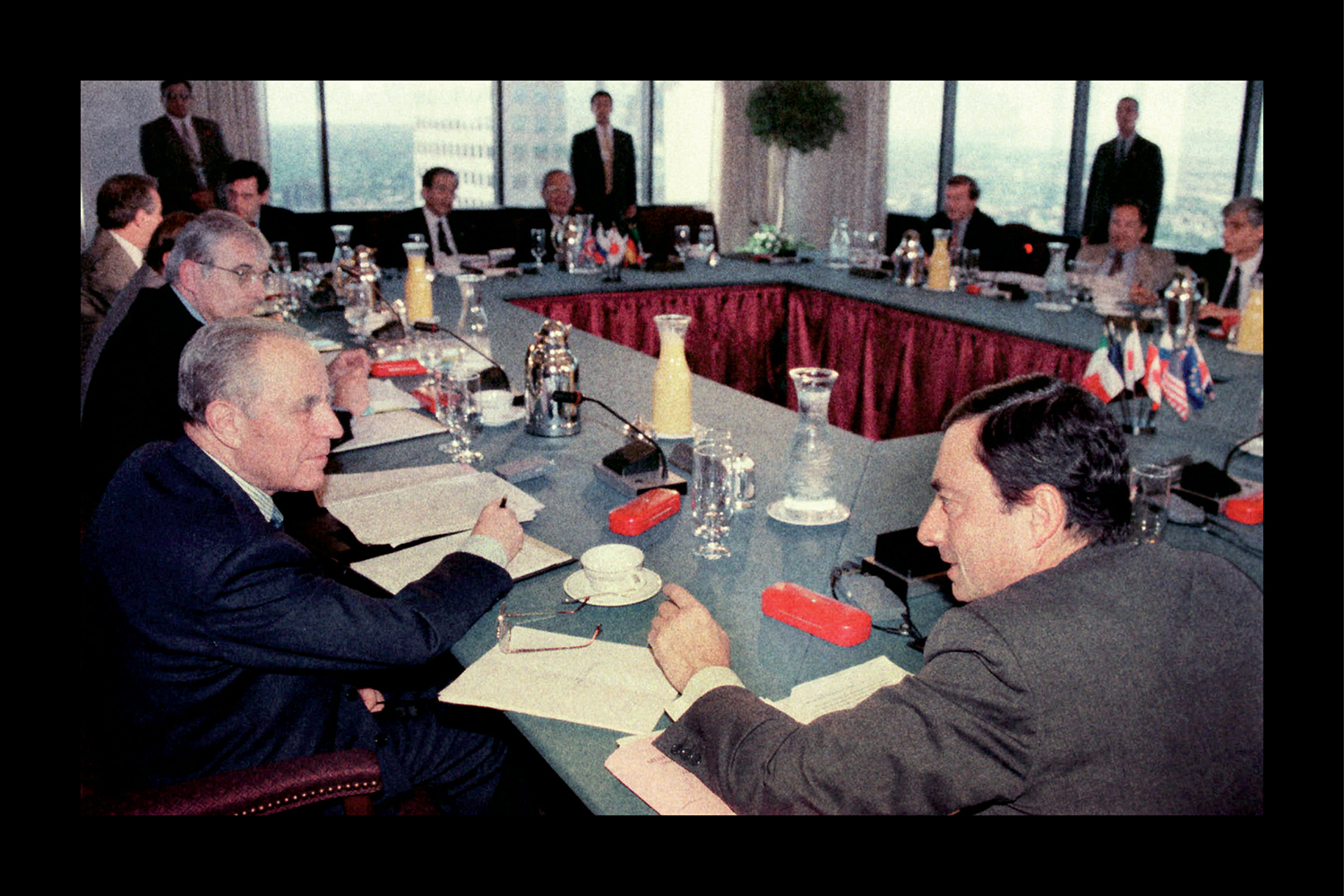 Mario Draghi with other global finance ministers in 1997.