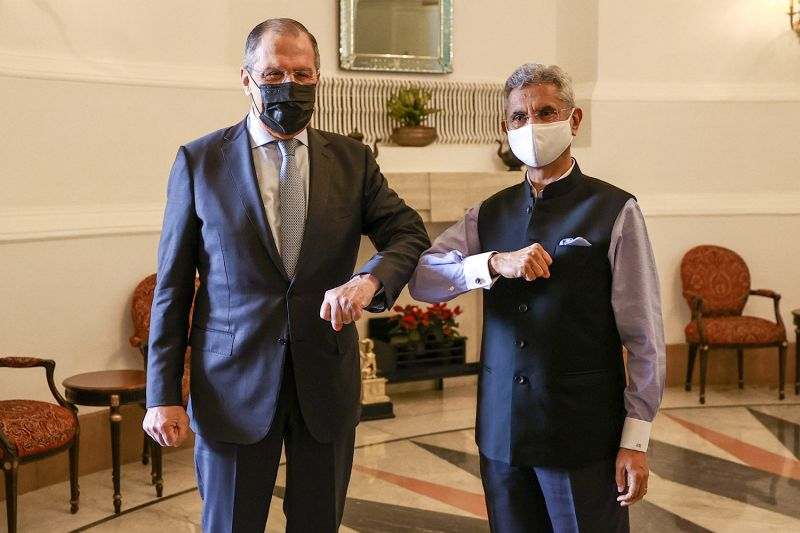 Russian Foreign Minister Sergei Lavrov and Indian External Affairs Minister Subrahmanyam Jaishankar pose for a picture during a meeting in New Delhi  on April 6.