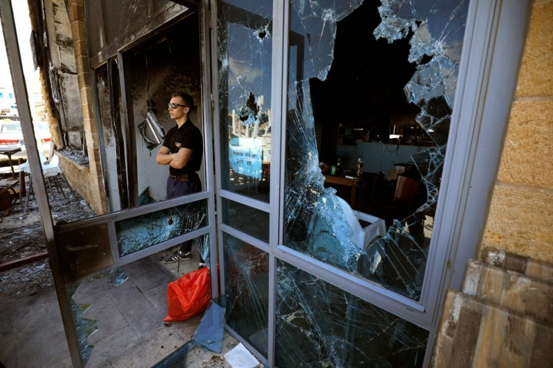 Arab and Jewish citizens clash in Israel.