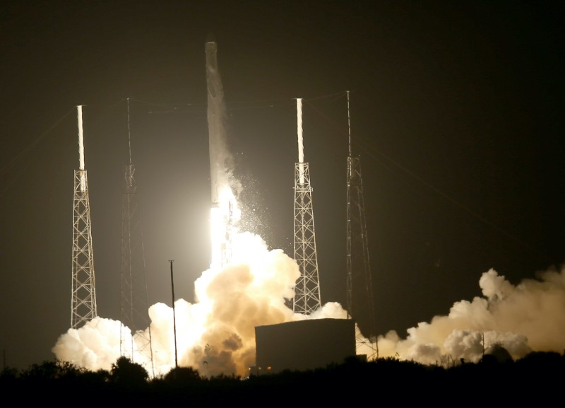 The SpaceX Falcon 9 rocket carrying a Dragon supply ship lifts off from the launch pad on a resupply mission to the International Space Station, on September 21, 2014 in Cape Canaveral, Florida.
