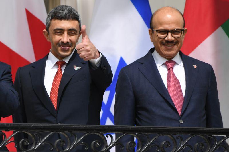 Emirati Foreign Minister Sheikh Abdullah bin Zayed Al Nahyan and Bahraini Foreign Minister Abdullatif bin Rashid al-Zayani pose.