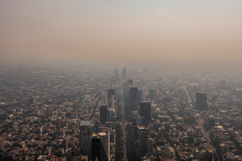 Mexico City Imposes Restrictions To Cars Due to High Level of Air Pollution