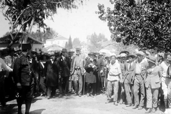 Arthur Balfour visits Jewish colonies in Palestine in 1925.