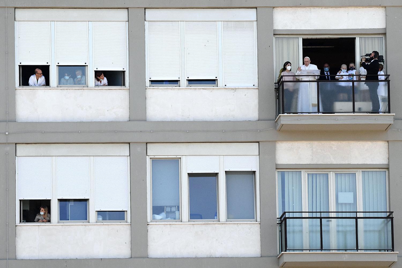 Pope speaks from hospital in Rome