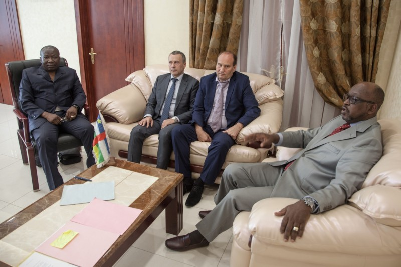 Central African and Russian political figures meet in Bangui, Central African Republic