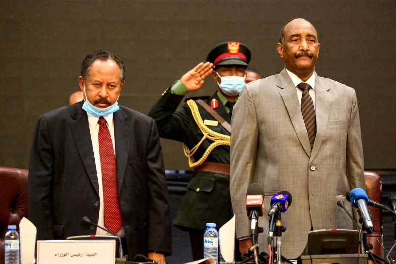 Sudan's prime minister and Sovereign Council chief attend an economic conference.