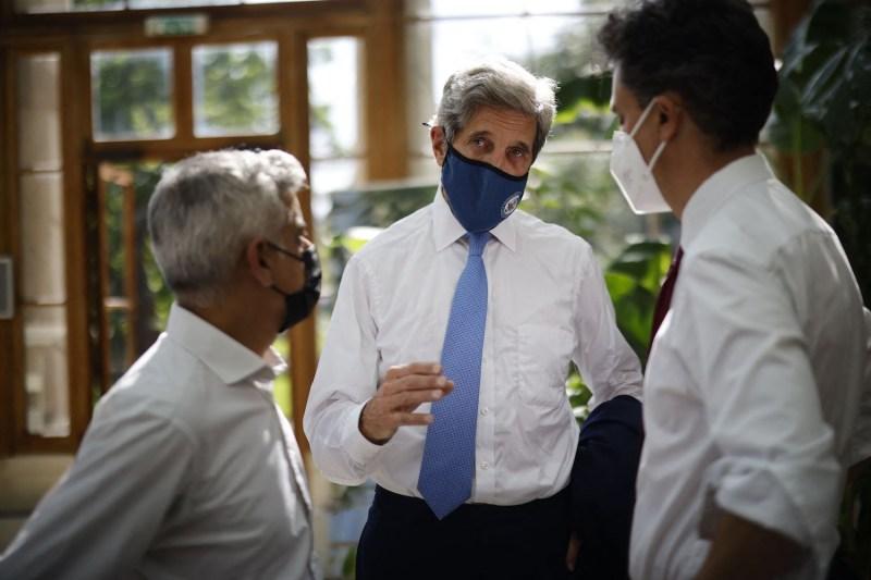 John Kerry speaks to U.K. politicians.