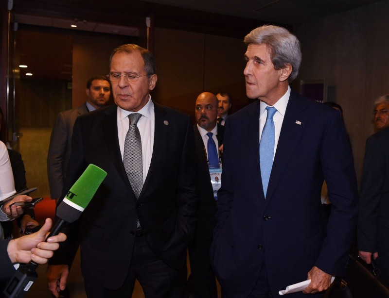 Lavrov and Kerry answer questions.