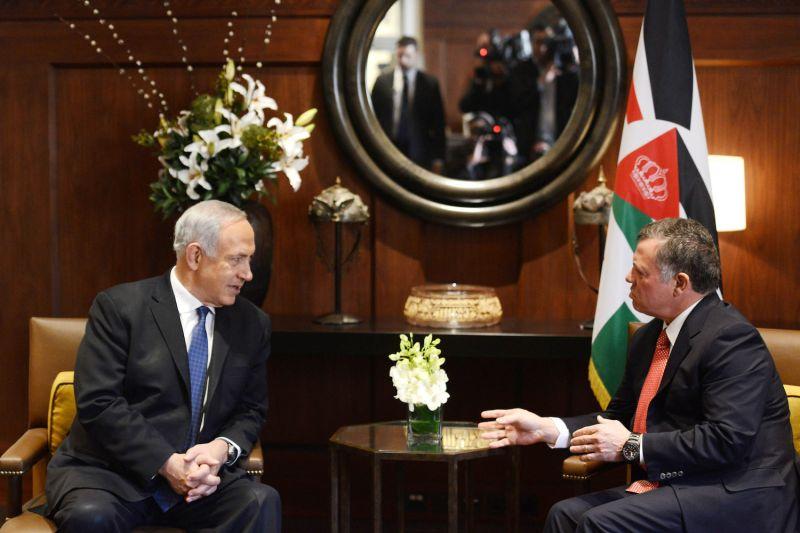 Then-Israeli Prime Minister Benjamin Netanyahu meets Jordanian King Abdullah II during a visit to Amman on Jan. 16, 2014.