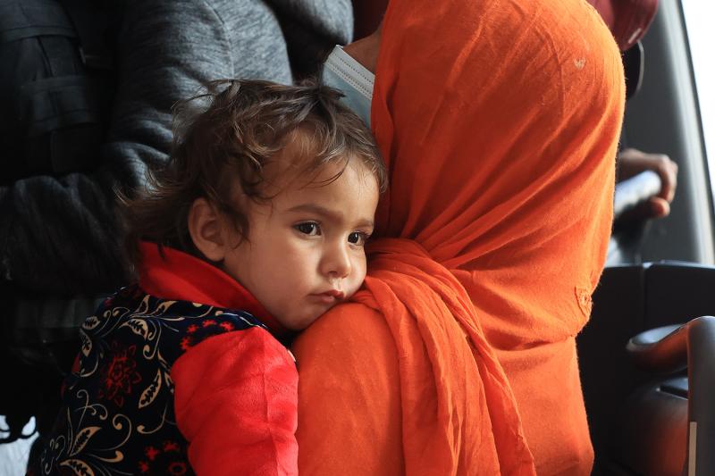 Afghan refugees arrive in Virginia