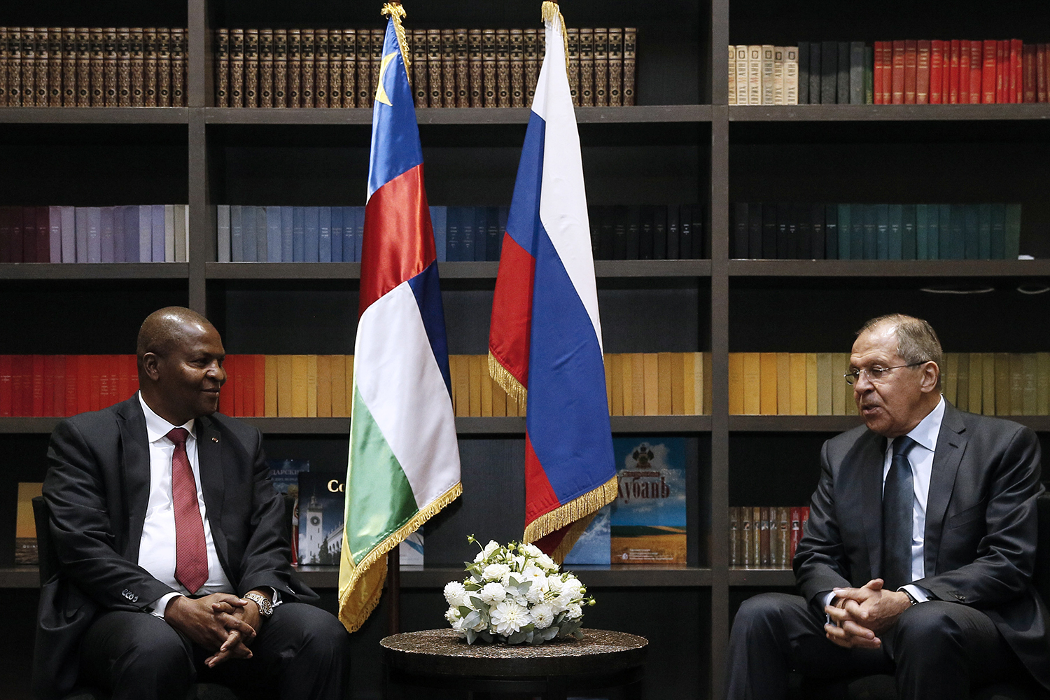 CAR President Faustin-Archange Touadéra (left) and Russian Foreign Minister Sergey Lavrov
