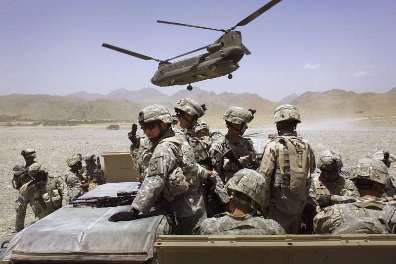 U.S. soldiers fight the Taliban.