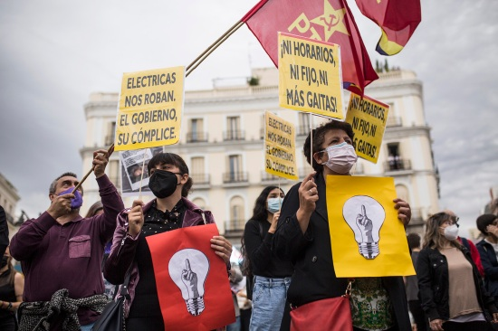 Demonstrators protest against electricity tariffs in Madrid