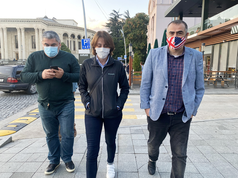 Khatia Dekanoidze campaigns in downtown.