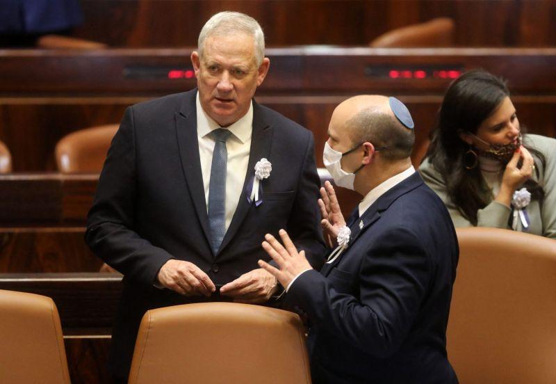 Israel's Defense Minister Benny Gantz (left) and Prime Minister Naftali Bennett
