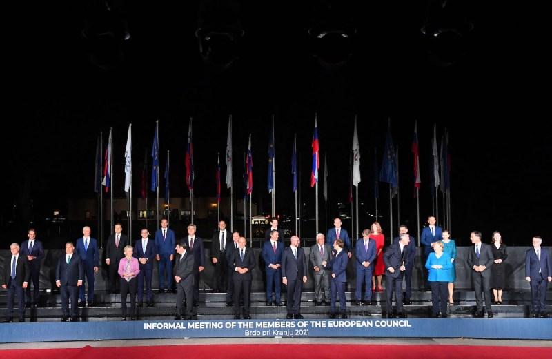 EU member states and Western Balkans representatives pose in Slovenia.
